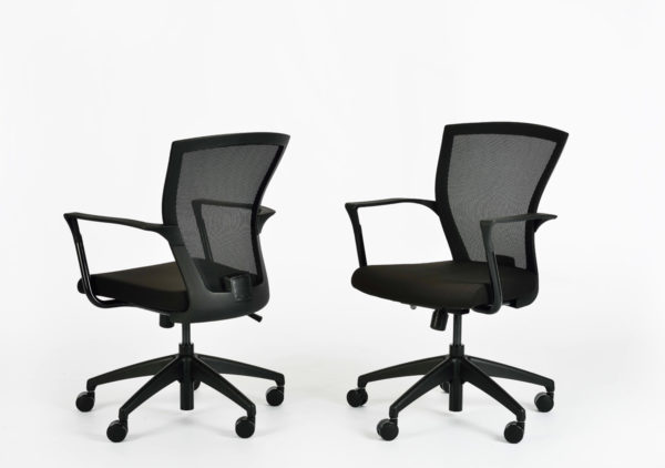 E1-black-meeting-chair-web
