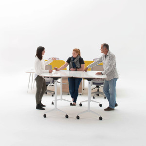 flip-up-table-scrum-meeting